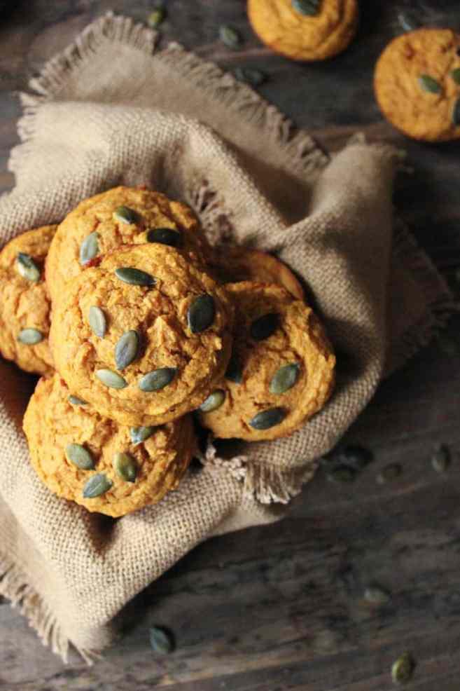 Pumpkin-Sour-Cream-Muffins