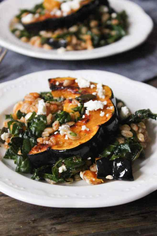 farro-with-chipotle-glazed-acorn-squash-kale-pepitas-feta-6