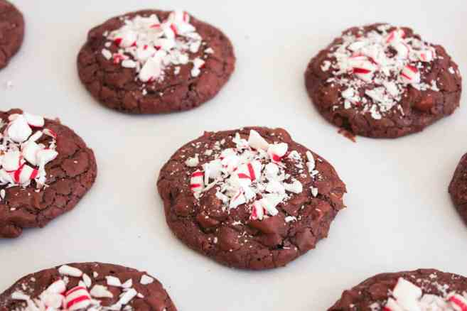 christmas-cookie-recipe-white-chocolate-peppermint-brownie-cookies-8