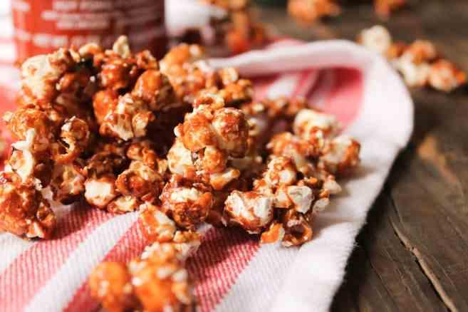 Sriracha-Caramel-Popcorn-7