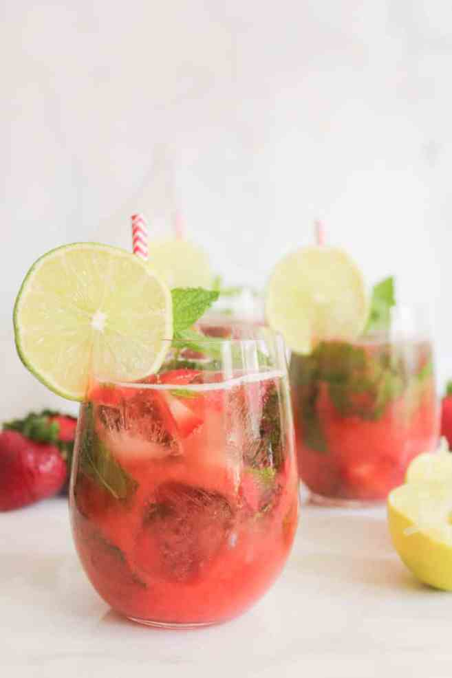 Roasted-Strawberry-Mojito-2