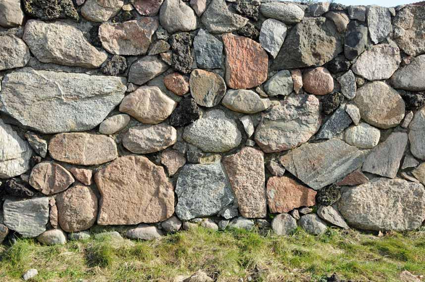 Murowanie Kamieni Polnych Na Zaprawe Dom I Natura