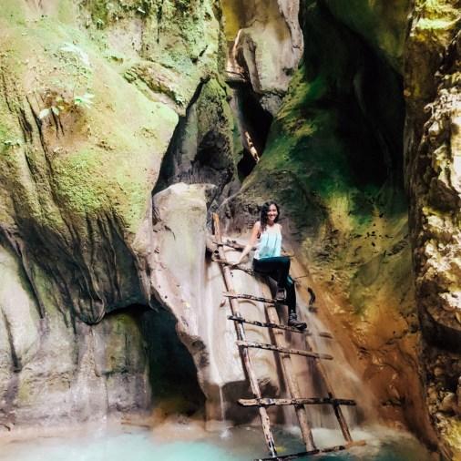 la cueva hike