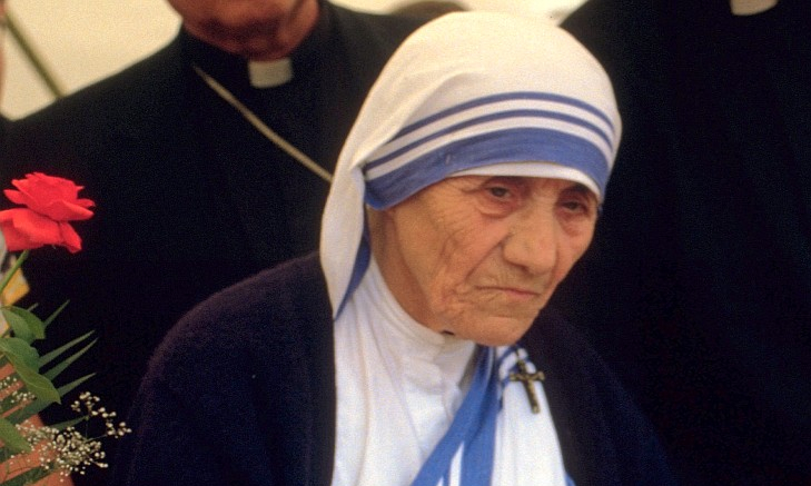 Mother Teresa of Calcutta in 1986 at a public pro-life meeting in Bonn, Germany. © 1986 Túrelio (via Wikimedia Commons), 1986 (Creative Commons CC-BY-SA-2.0 de)