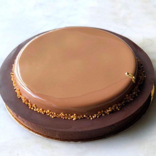 DAB Large liquid praline caramel chocolate tart