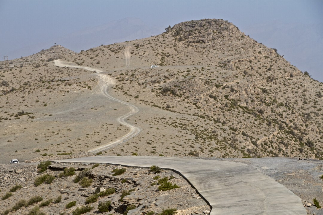 5 Things You Need To Know Before Driving In Oman   DomOnTheGo