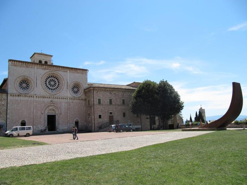 Abbazia di San Pietro Assisi  Abbazia San Pietro Assisi