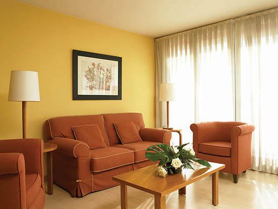 Apartamentos para mayores en Girona  Viviendas con