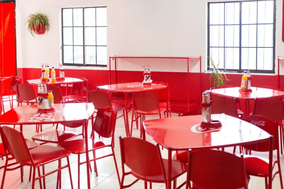 coca cola chairs and tables wingback chair nz jorge diego etienne designs new street food furniture 2017