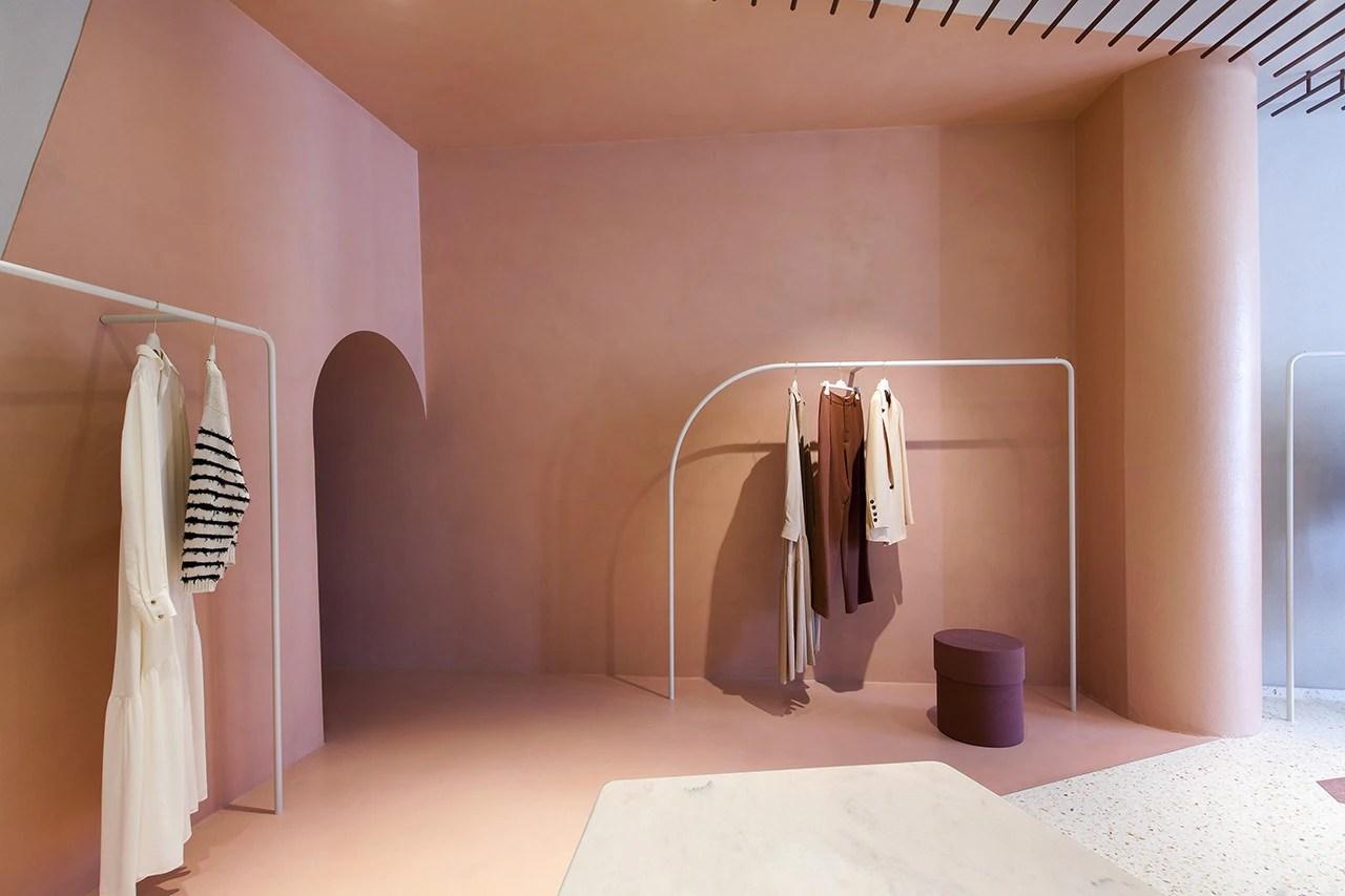 Ingresso e zone di passaggio. Milan A Neoclassical Boutique In The Heart Of Brera Domus