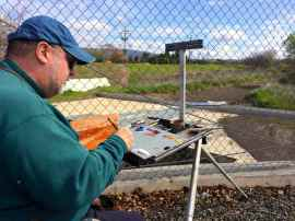 A passerby graciously took a few picts of the artist.