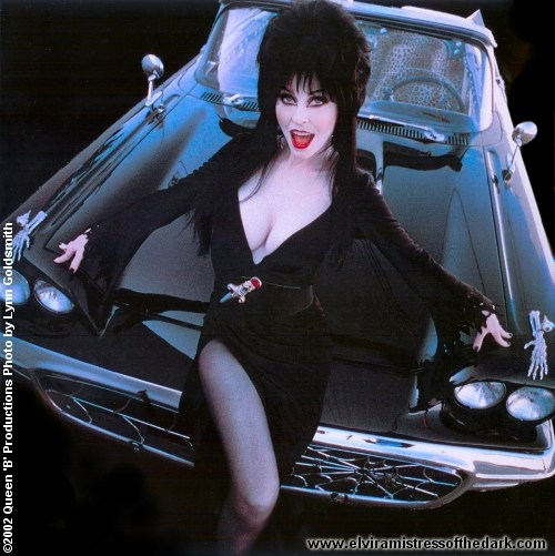 Girl With Big Lips Wallpaper Elvira Mistress Of The Dark