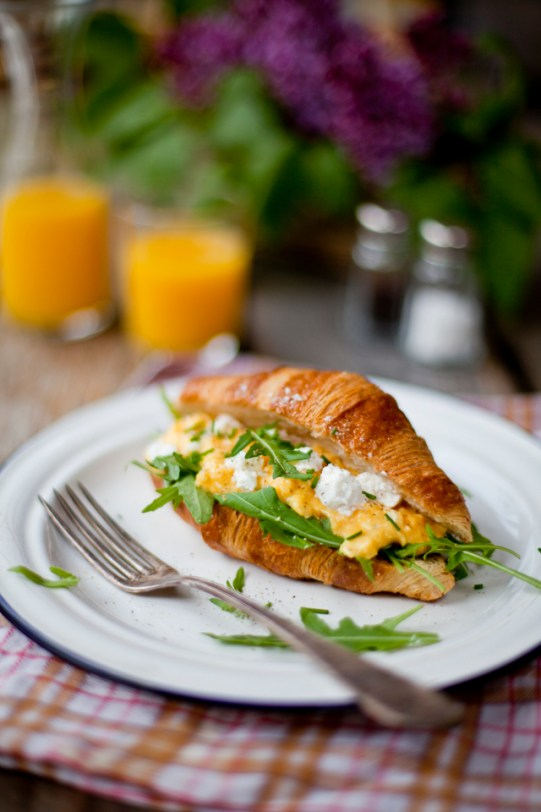 Scrambled Eggs with Goat Cheese, Rocket Salad in Croissan