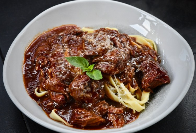 Schaufelstück in Portweinsoße