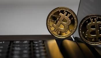 negociar opções binárias com bitcoin busco trader para invertir crypto en orlando