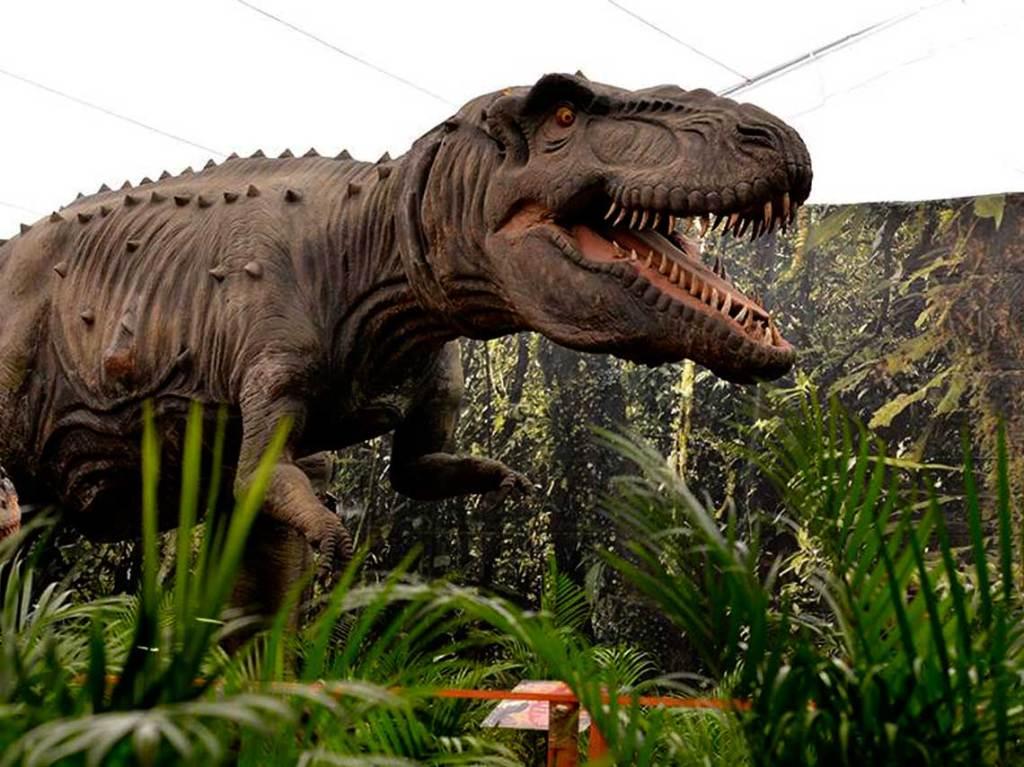 Dinosaurios Animatronics en el Parque Naucalli
