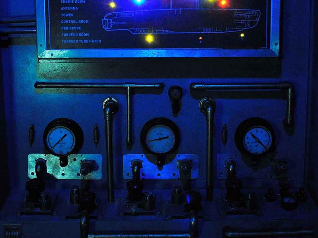 Submarino:-La-profundidad-del-mar-está-en-Enigma-Rooms-01