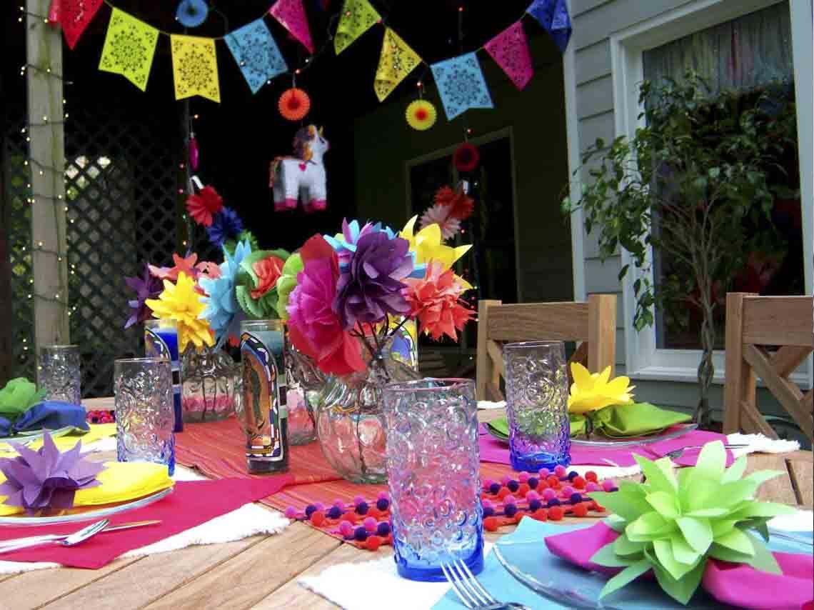 Cmo organizar una fiesta mexicana Comida y decoracin