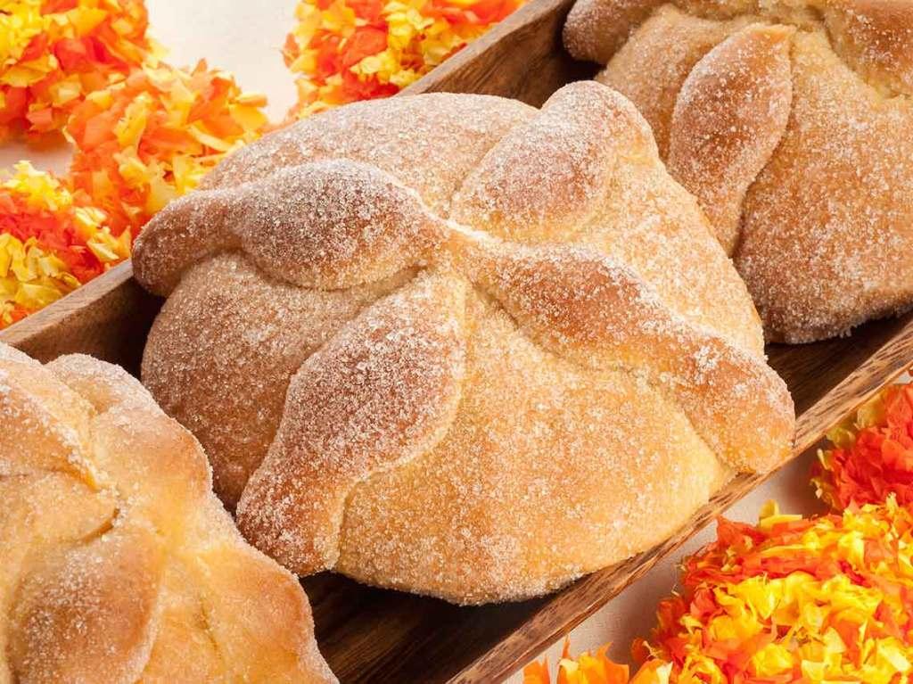 pan de muerto gratis en el Zócalo