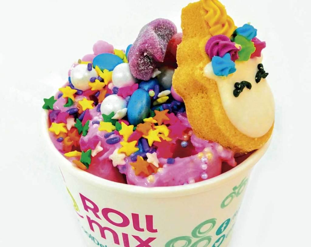 roll-mix-tradicionales-helados-de-tailandia-en-la-cdmx-01