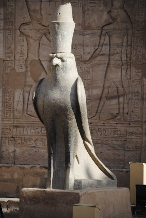 Estatua de Horus
