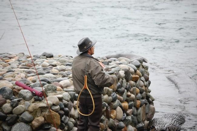 Pescador en Villa La Angostura