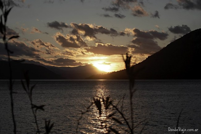 Atardecer en el lago Nahuel Huapi