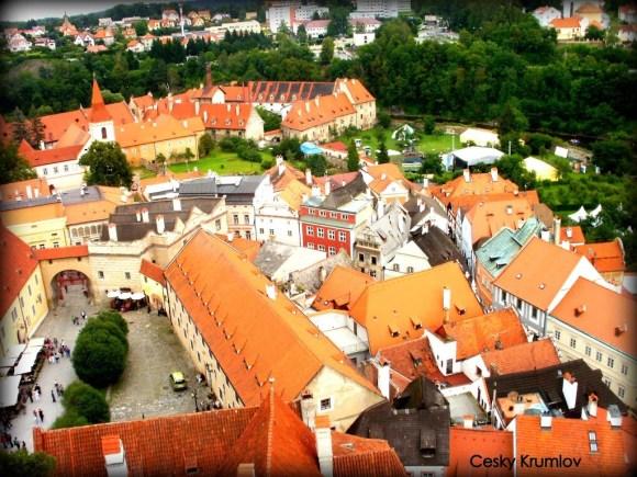 Pueblo de Cesky Krumlov, camino a Praga