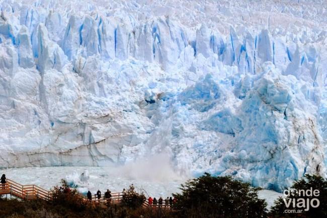 Desprendimiento en glaciar Perito Moreno