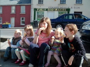Madeleine (second from left) on her last trip to Donegal before she disappeared in 2007.