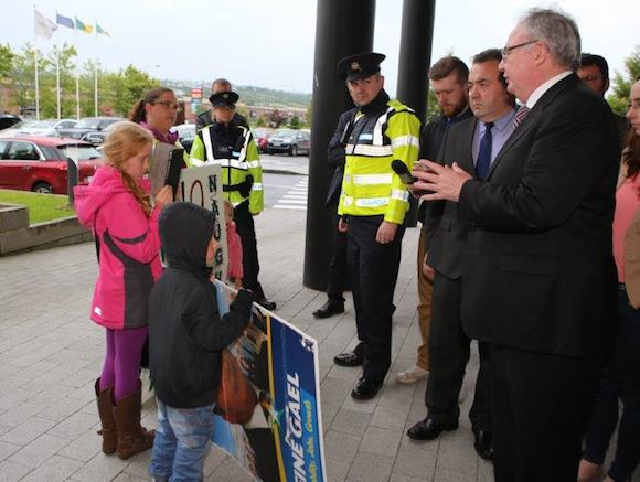 Minister Rabbitte confronted at the Radisson this evening. Pic Northwest News Pix/Joe Boland