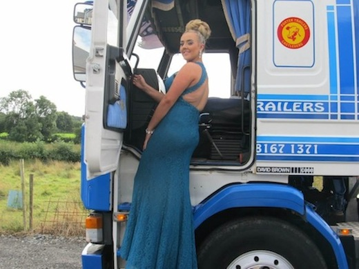 Dinah looks stunning as she boards her personal truck to be taken to her prom!