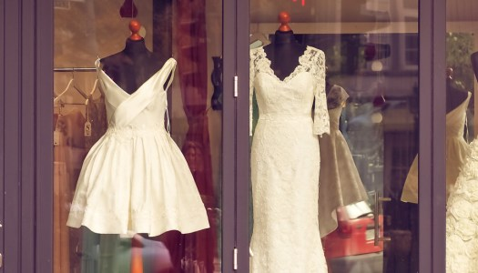 Buying your wedding dress – Team Bride's top tips