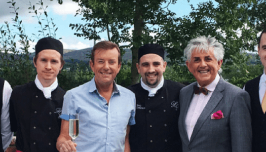 Watch: Alan Hughes enjoys craic and ceol at Harvey's Point