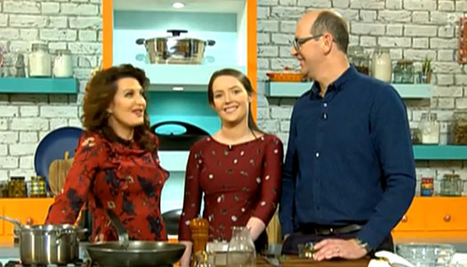 Teen chef Niamh McDermott stirs up stardom in TV debut