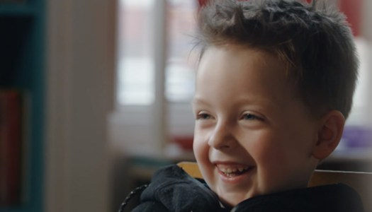 Little Lewis (5) and friend star in heart-warming advert