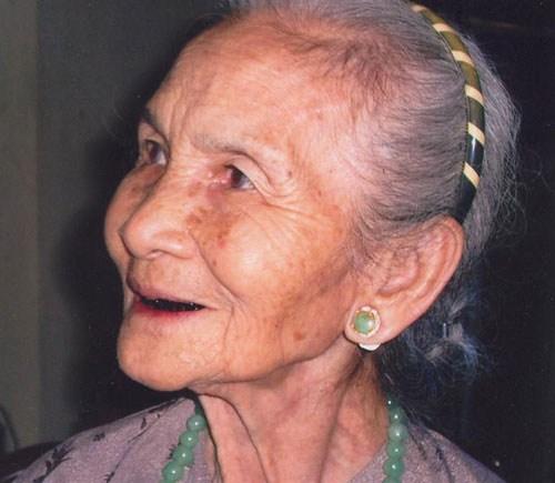 Bà Thuận, vợ nhạc sỹ Nguyễn Văn Khánh. Ảnh: ThanhNien.com.vn