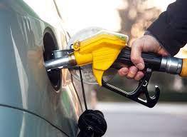 ما انعكاسات ارتفاع أسعار المشتقات النفطية في اليمن على المواطنين