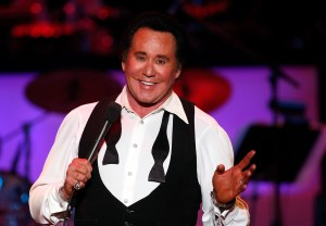 "LAS VEGAS - OCTOBER 28: Entertainer Wayne Newton performs during the opening night of his limited-engagement production ""Once Before I Go"" at the Tropicana Las Vegas October 28, 2009 in Las Vegas, Nevada. (Photo by Ethan Miller/Getty Images for Tropicana)"