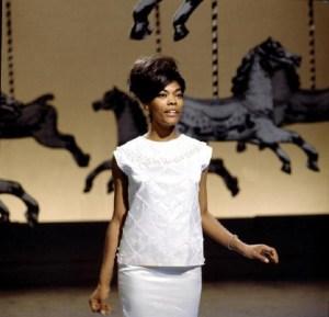 Dionne-Warwick-1964-television-p447-600x578