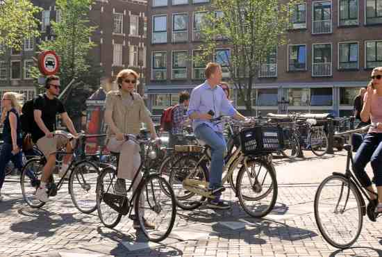 How to make the best of the bike-sharing boom: a guideline for cities
