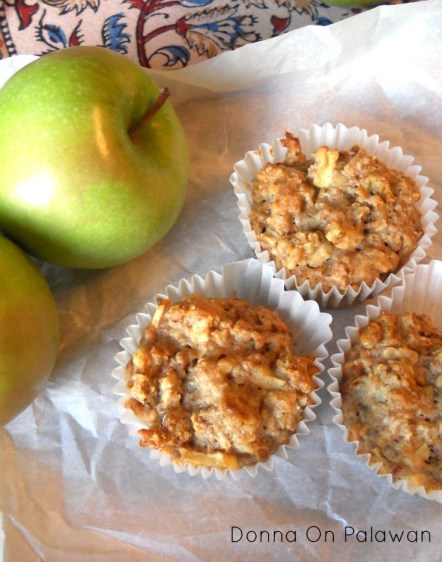 Apple-Walnut-Oat-Muffins