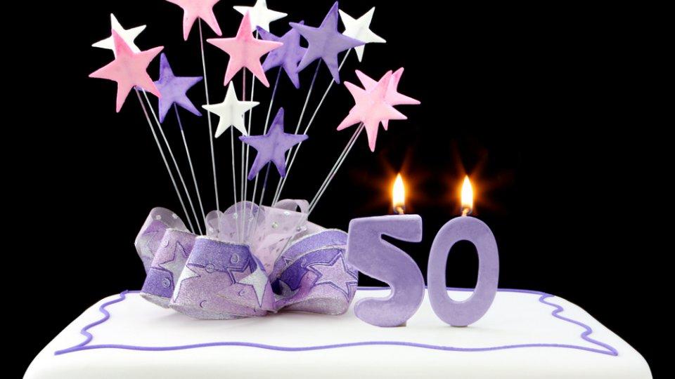 Torte Di Compleanno Per I 50 Anni 5 Decorazioni In Pasta