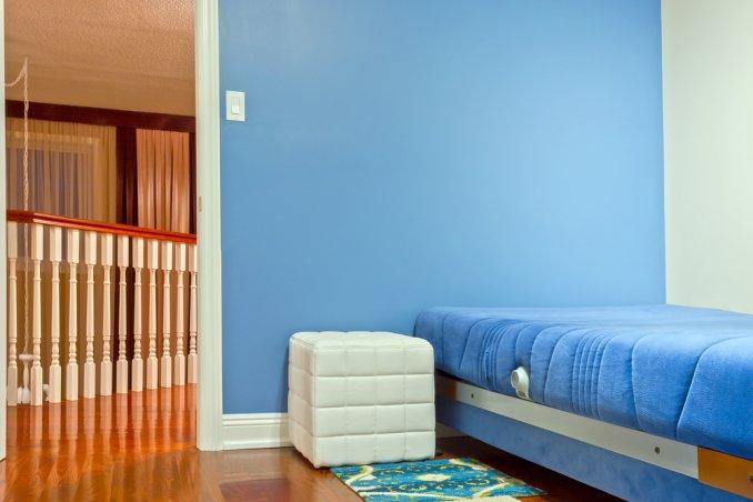 Non solo l'arredo e lo stile, ma soprattutto i colori di pareti e rivestimenti incidono in modo particolare sul nostro umore e sulla qualità del sonno. La Cromoterapia In Casa Donnad