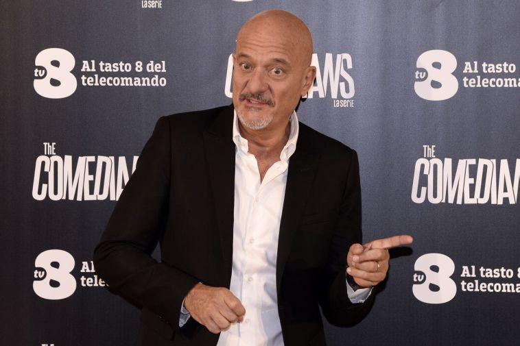 L'incontro inaspettato tra Claudio Bisio e Paola Cortellesi
