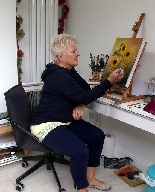 Painting sunflowers with artist, Donna McGee