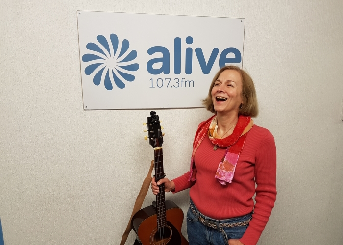 Donna-Rae-Dailey-Alive-FM-1