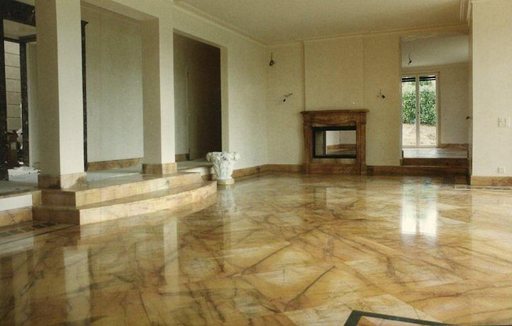Come pulire un pavimento di marmo  Donne Magazine