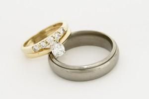 aliança com diamante 2