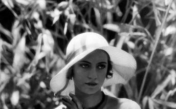 Lee Miller by Edward Steichen - 1928